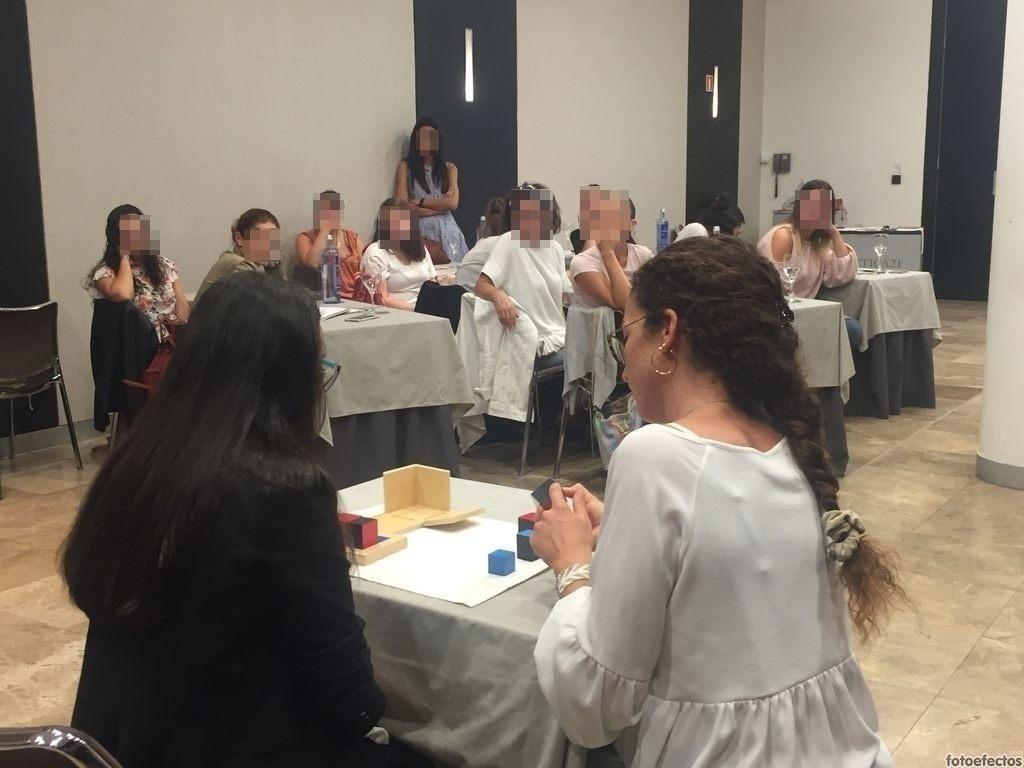 Lola Arpa - guia montessori - seminarios